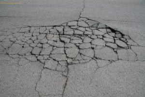alligator cracking in asphalt