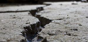 pourable asphalt crack filler