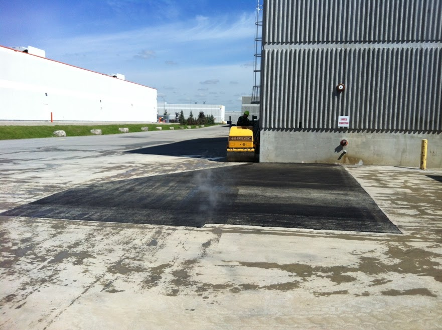 Install Asphalt Pavement for Your Business Parking Lot